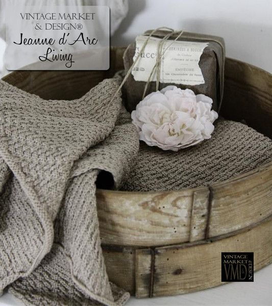 Jeanne d'Arc Living Cotton Towel Color: Latte Beautiful heavy knit cotton with wavy edge. Amazing quality made from 100% cotton. Measure/Weight: 50 x70 cm