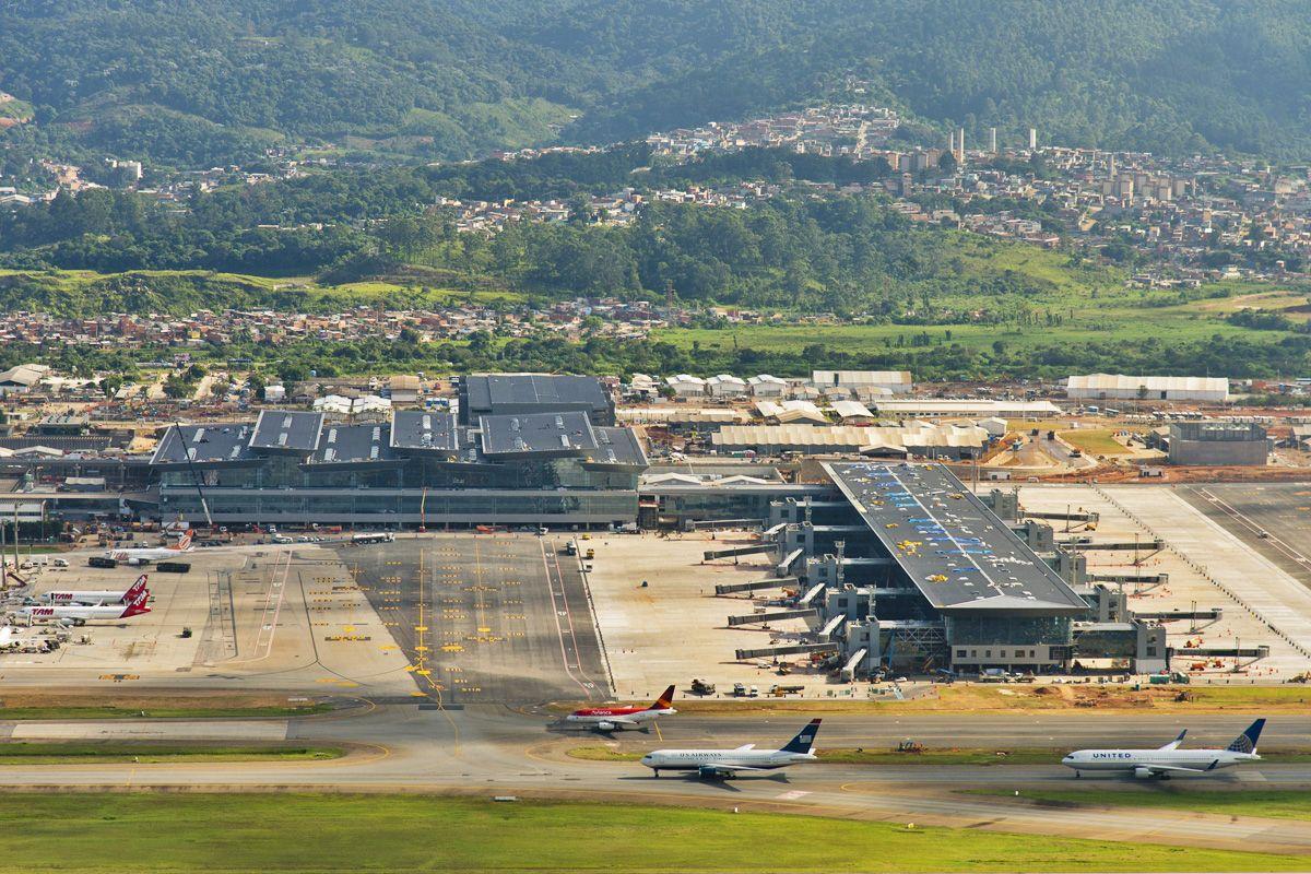 Aeroporto Gru : Aeroporto de guarulhos gru airport são paulo brasil