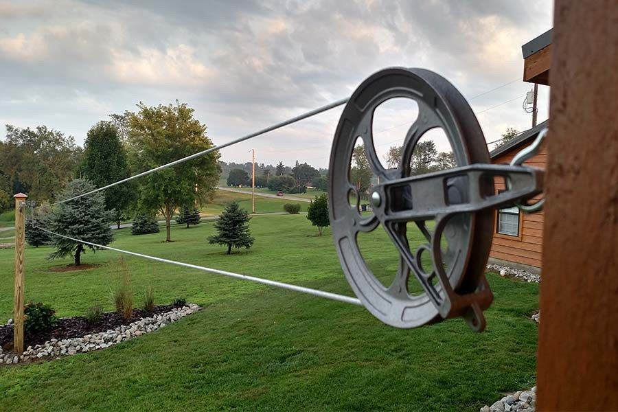 building an old fashioned pulley clothesline the smell of. Black Bedroom Furniture Sets. Home Design Ideas