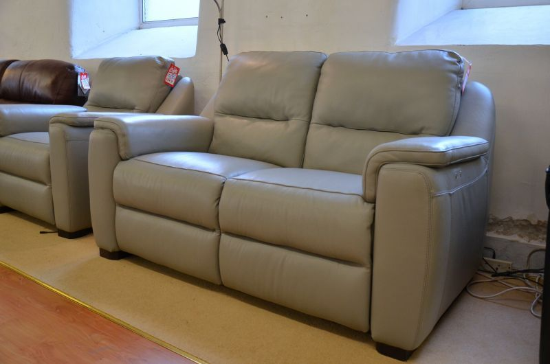 Avola Sofa Strauss 3 Piece Suite Ex Display Italian Leather Sofas At Clearance Prices In Worthington Brougham Furni Italian Leather Sofa Sofa Three Piece Suite