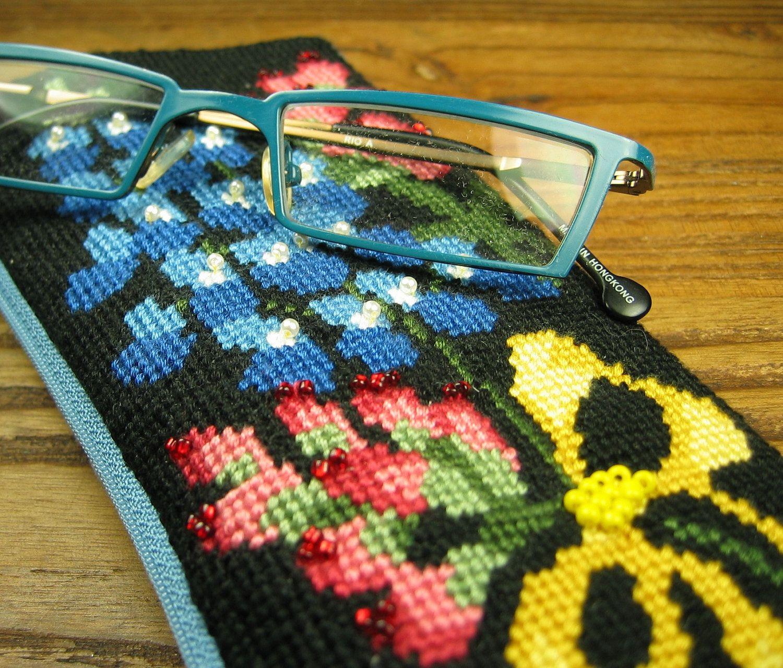 Bluebonnet Needlepoint Eyeglass Case by OneCreativeFamily on Etsy