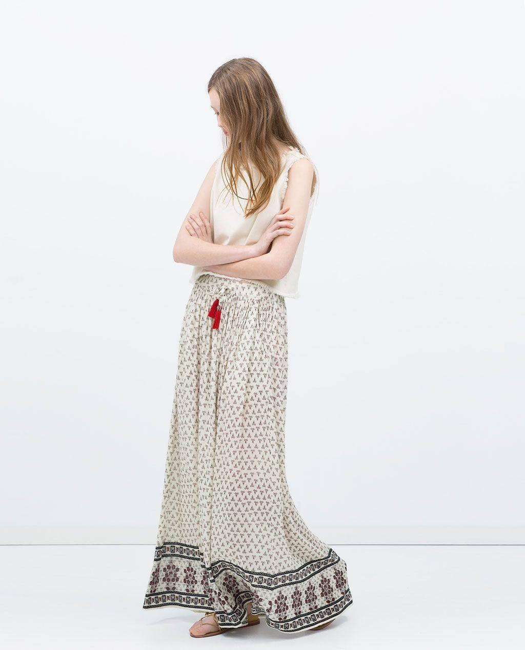 Imagen 1 de FALDA LARGA ESTAMPADA de Zara | SUR en 2019