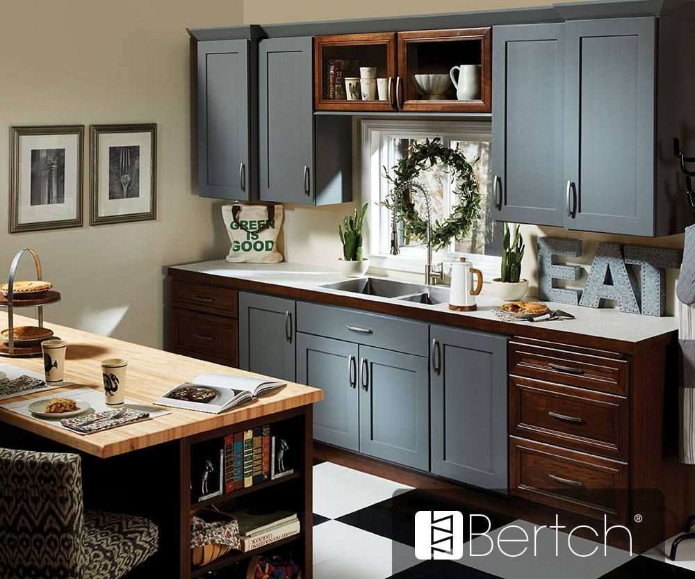 Here S A Beautiful Bertch Marketplace Kitchen Did Anyone See This Display At The Lmc Show Door St Kitchen Design Small Kitchen Design Black Kitchen Cabinets
