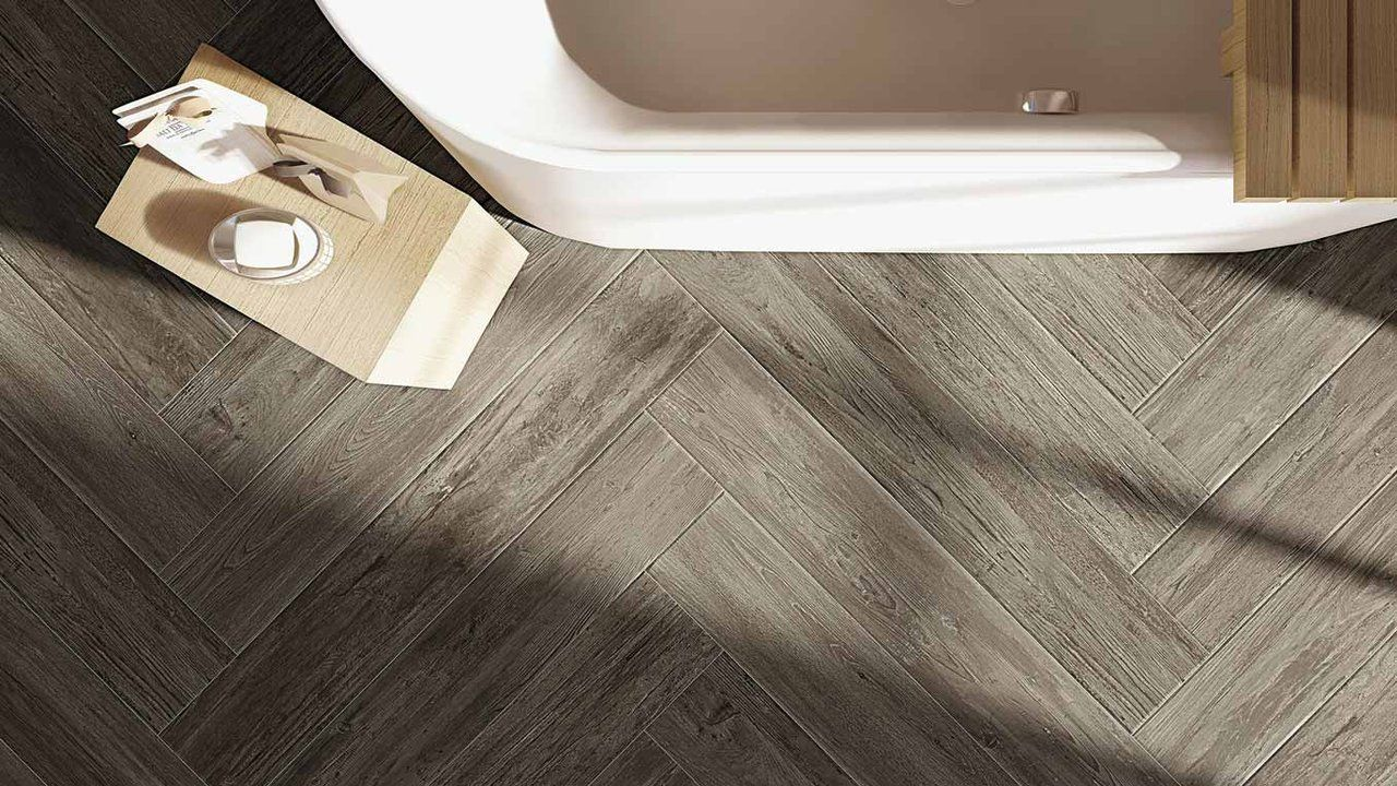 Nau Is Where Natural Meets Urban The Timeless Appeal Of Aged Look Surfaces And Settings Thrilling To A Metropolitan Hear Hardscape Design Deer Park Style Tile