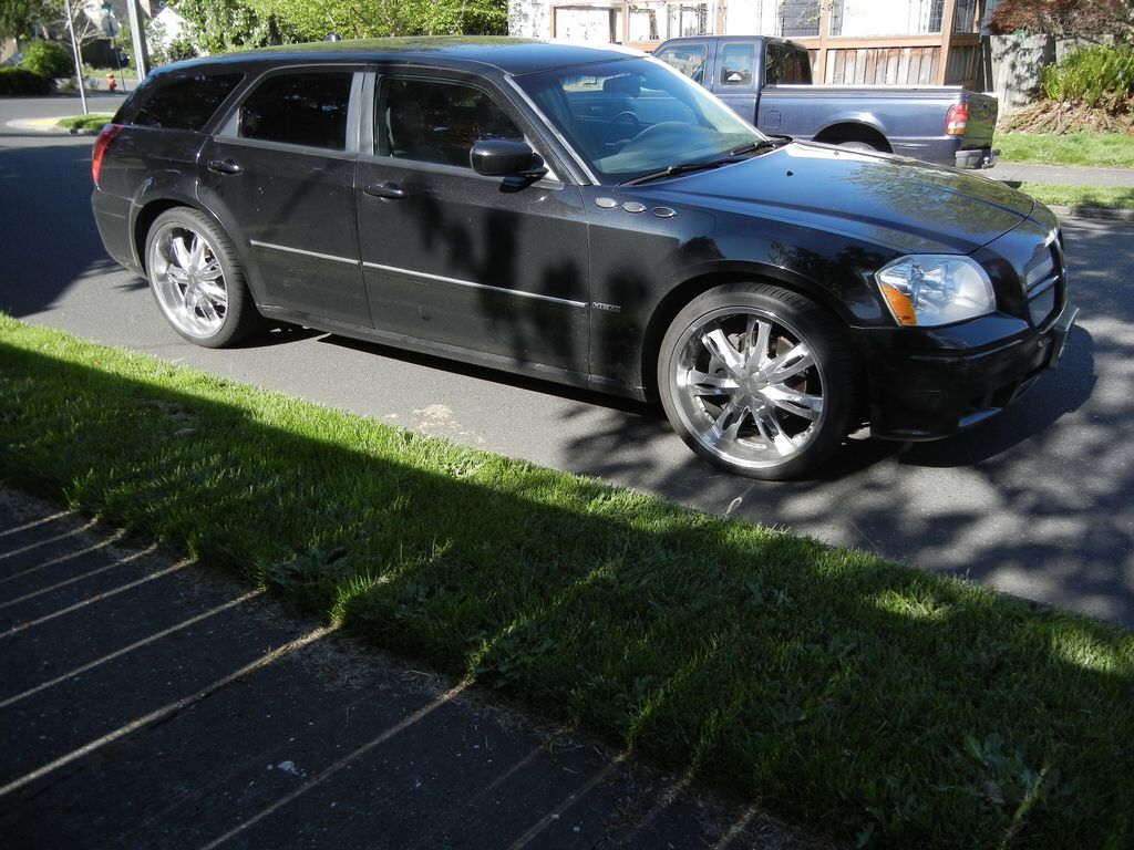 dodge magnum rt hemi milanni 22 inch rims i love my car she