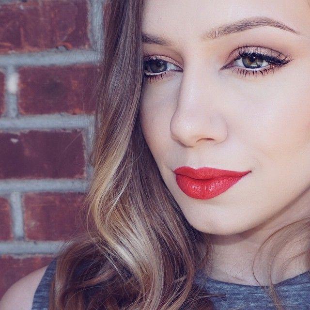 ❤️ @maccosmetics lady danger lipstick // @anastasiabeverlyhills taupe brow wiz // @bullseyelashes Haley lashes // @anastasiabeverlyhills chocolate dip brow for eyeliner  #motd #makeup #anastasiabeverlyhills #anastasiabrows #anastasia #browwiz #mac #sephora #ladydanger #lipstick #blonde #lashes #bullseyelashes #saraverona #wingedliner #dipbrow #mua #lips #lipstick #brows #youtube #bbloggers #desimakeup #chrisspy #dressyourface #hudabeauty