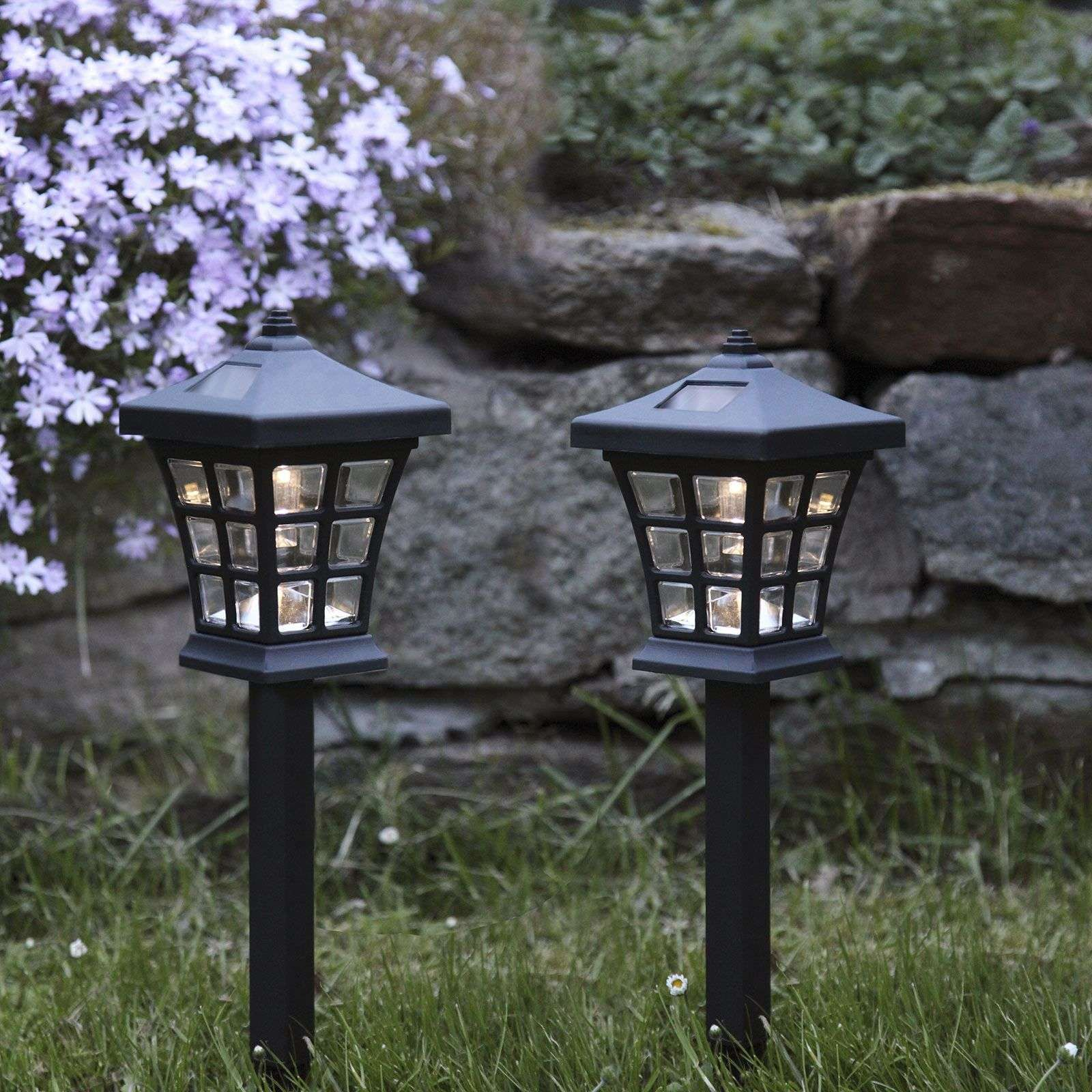 Photo of Lampe solaire LED Nippon