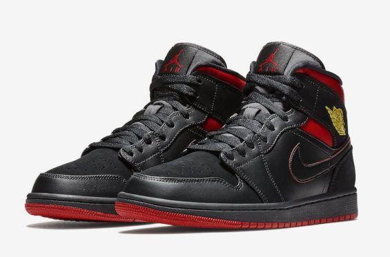 online store e7632 abd08 The Air Jordan 1 Mid Gets Some Last Shot Inspiration
