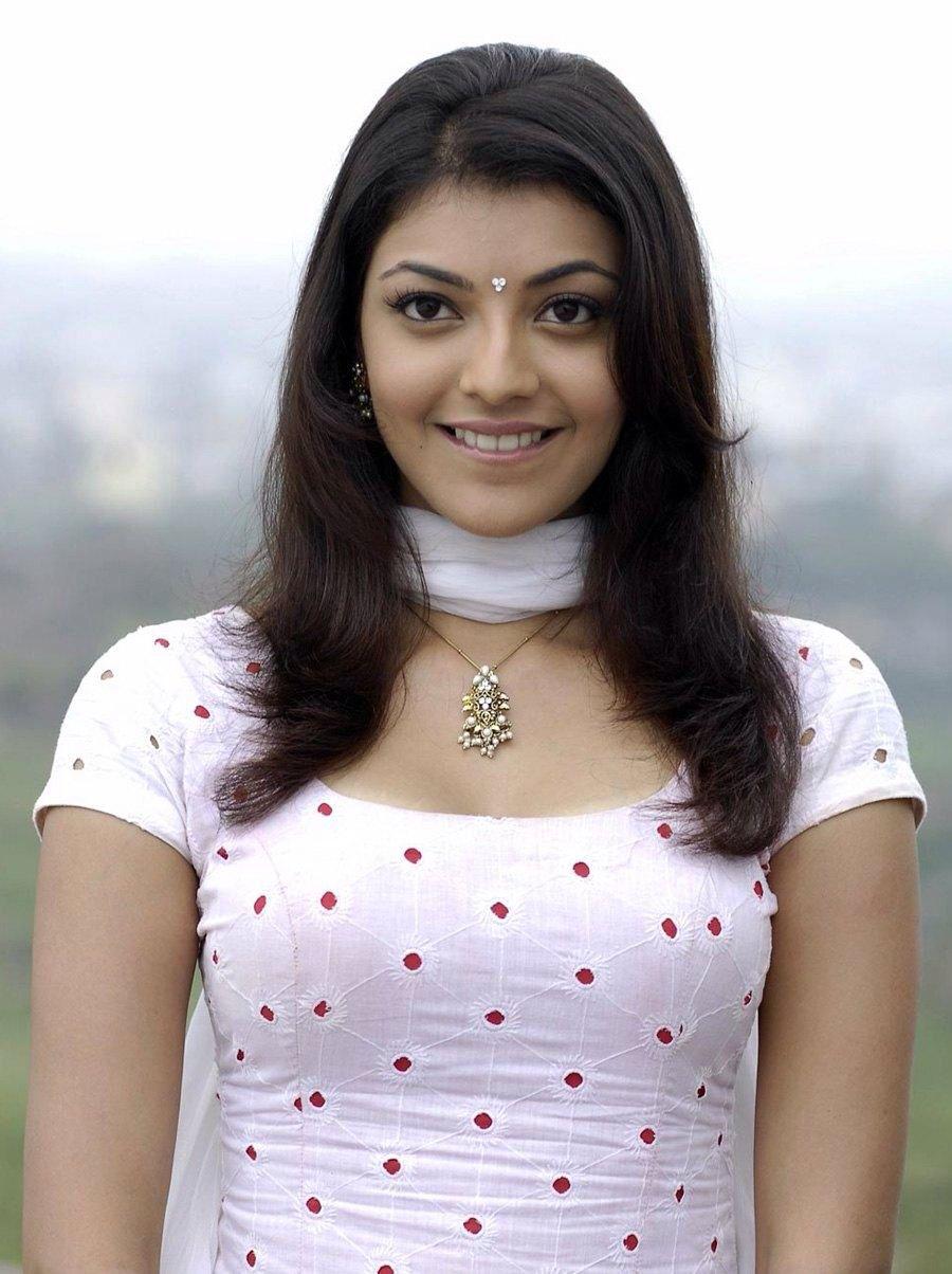 Indhu In Magadheera Telugu Movie Indian Fashion Saree Beautiful Indian Actress Most Beautiful Indian Actress