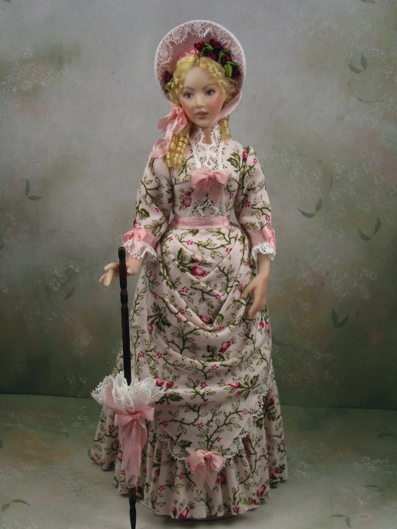 1 12th Scale Dollhouse Miniature Victorian Young Woman Porcelain Doll Keelin By Terri Davis D Dollhouse Miniatures Victorian Fashion Dresses Victorian Dolls