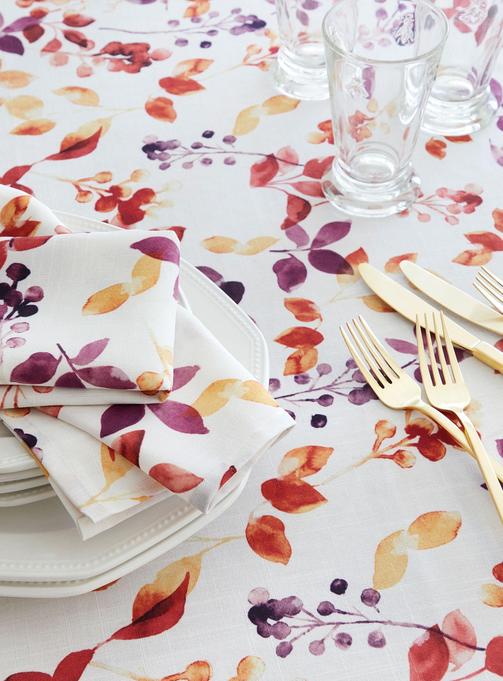 Leaf Tablecloth Samantha Pynn X Simons Trendy Printed Tablecloths Available Online