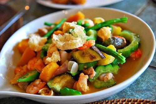 Philippine ratatouille pinakbet recipe pinterest ratatouille filipino easy recipes pinakbet or pakbet meat vegetable stew with shrimp paste forumfinder Images