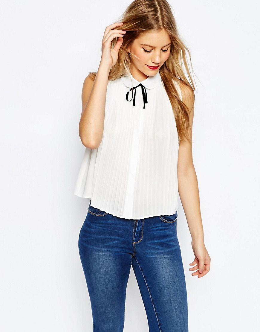 aa95cd8fae18 Ärmellose Bluse mit plissiertem Detail   Fashionhits   Pinterest ...