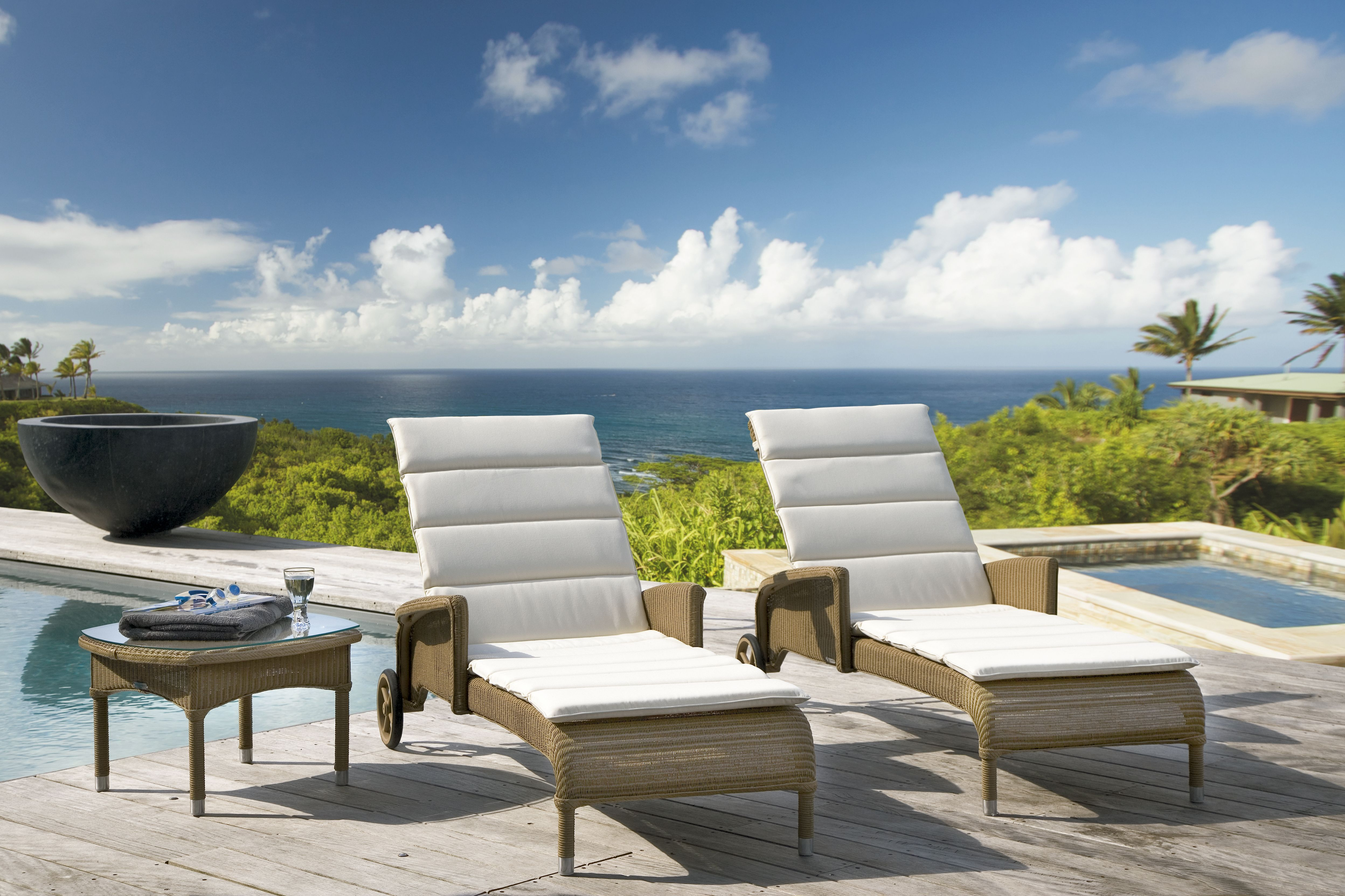 outdoor Sun lounger, Outdoor chairs, Furniture