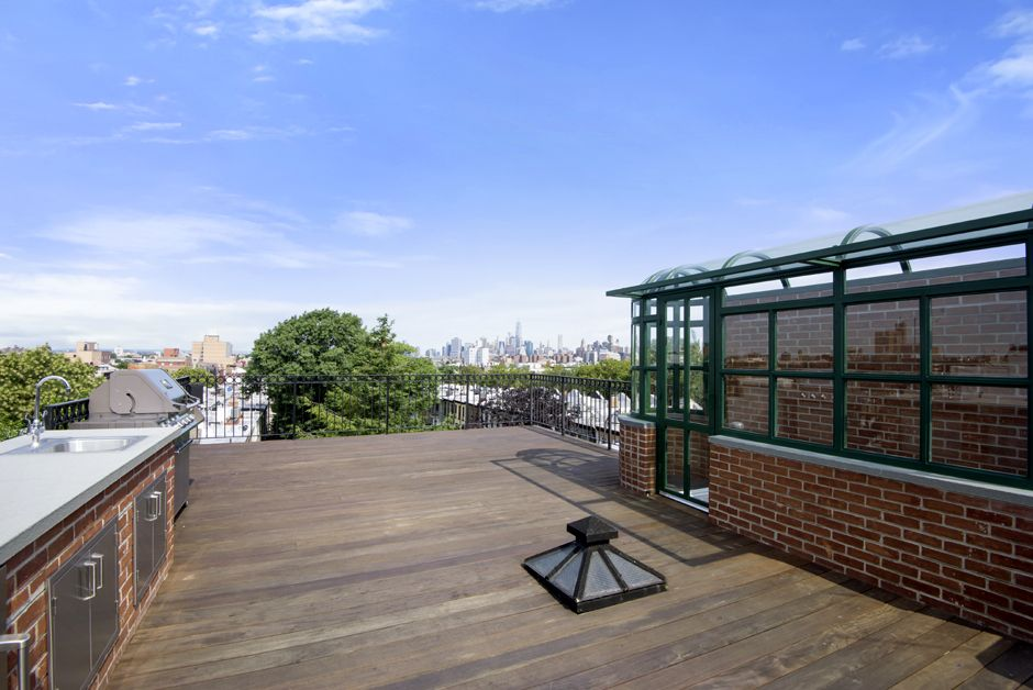 Brooklyn Brownstone Custom Steel And Gl Roof Atrium Deck Steeringhouse
