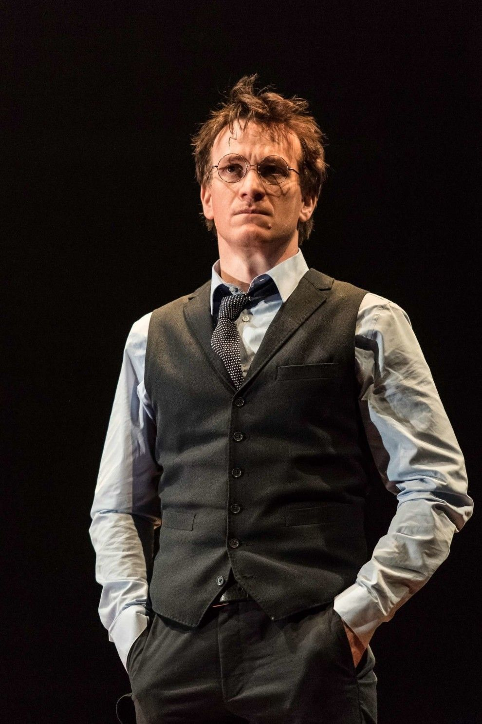 Harry Potter And The Cursed Child Photos Are Here And They Re So Magical Harry Potter Cursed Child Harry Potter Stories Harry Potter New