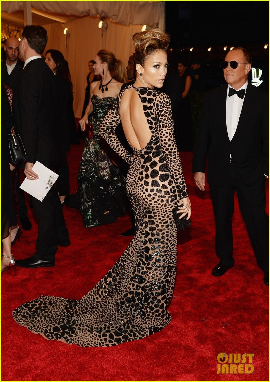 0268068326 Jennifer Lopez - wearing Michael Kors - at the 2013 Met Ball ...