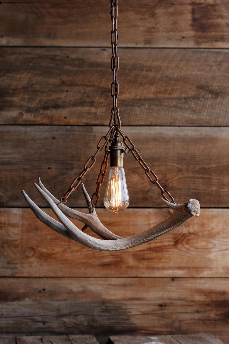 The Durango Chandelier Antler Pendant Light Rustic Chain Antler Shed Lamp Hanging Ceiling Lighting Fixture Edison Bulb In 2020 Rustic Pendant Lighting Hanging Pendant Lights Ceiling Lights