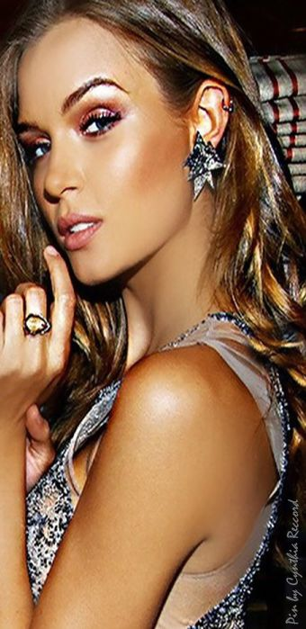 The Best Sparkly Party Dresses For New Year's Eve ...