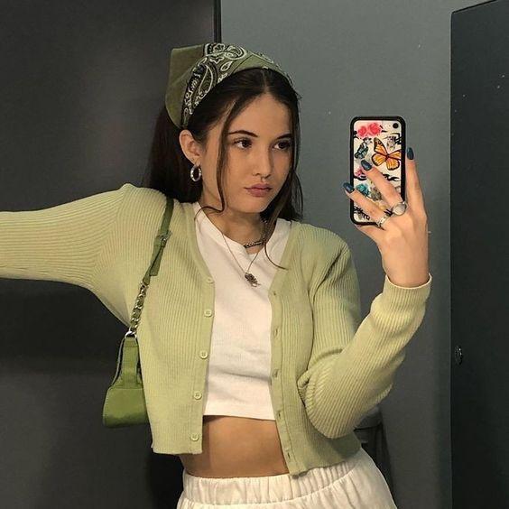 Outfits Aesthetic Con Panoleta Bandana Peachy En 2020 Ropa Vintage Mujer Ropa Estetica Ropa Estilo Vintage