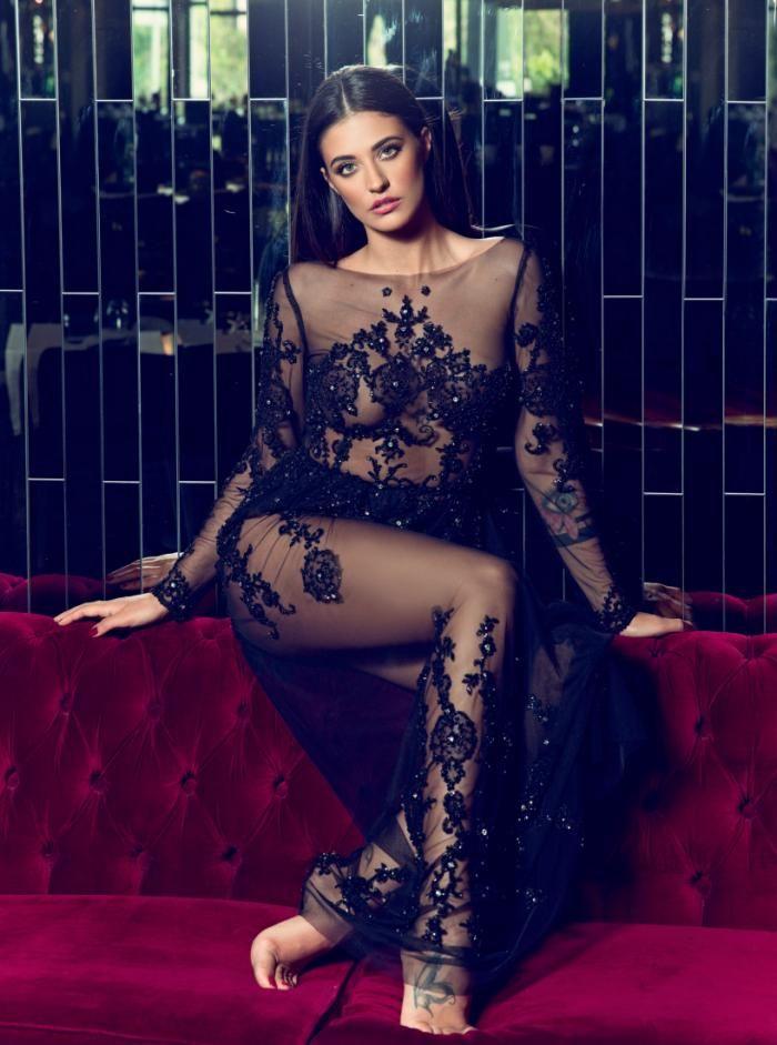 Antonia Iacobescu | Beauty women, Fashion, Photoshoot