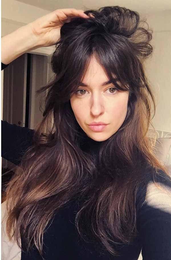 12 Beste Lange Kapsels Met Franje Die U Niet Wilt Missen In 2020 Long Fringe Hairstyles Long Hair With Bangs Long Hair Styles