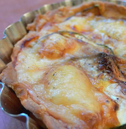Tartelette courgette-Cantal