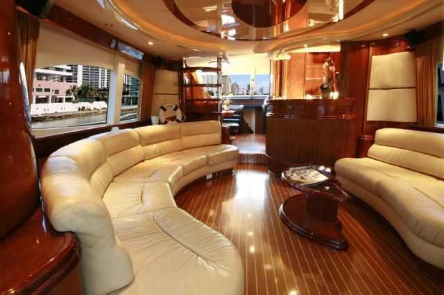 Traditional teak and holly deck limited space yet for Yacht interior design decoration