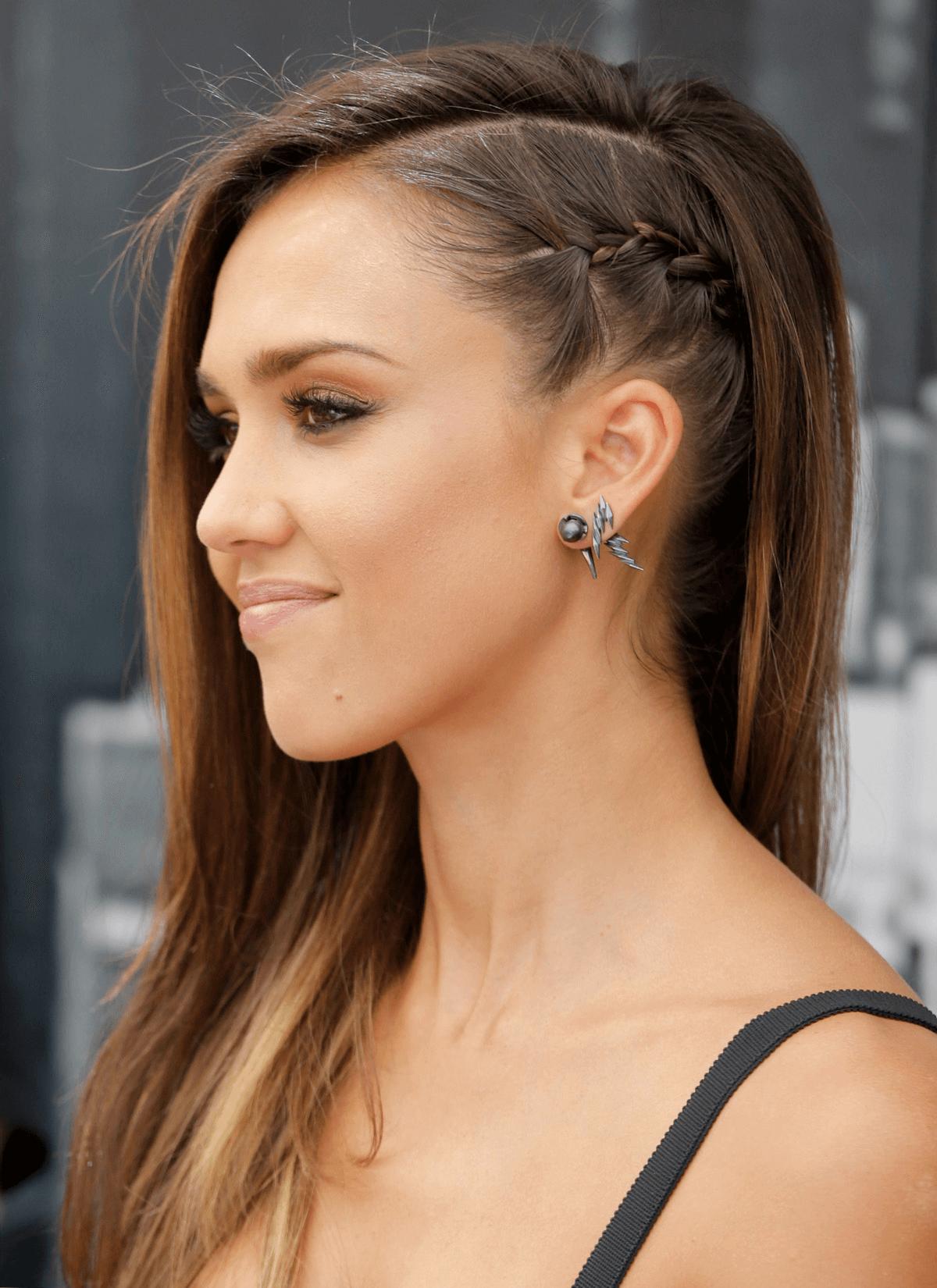 Frisuren lange haare zur seite mit Zöpfen  Side braid hairstyles