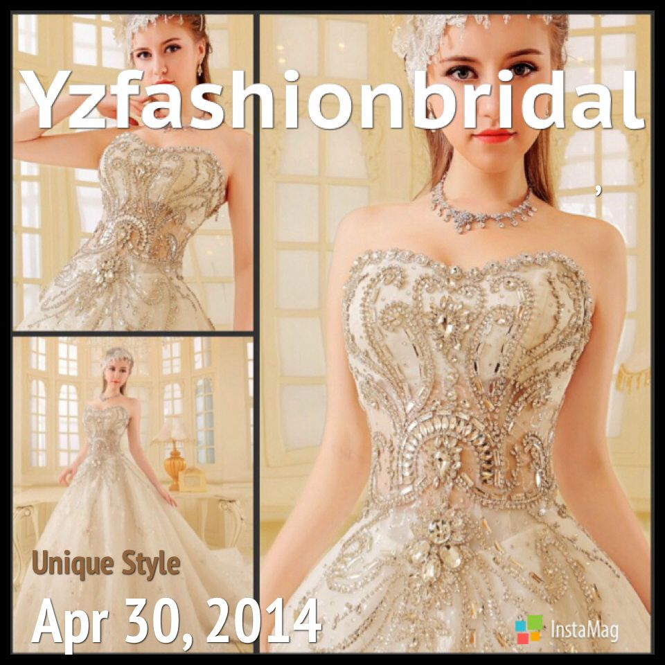 Celebrity Wedding Dress Exhibition: Kate Moss, Gwen