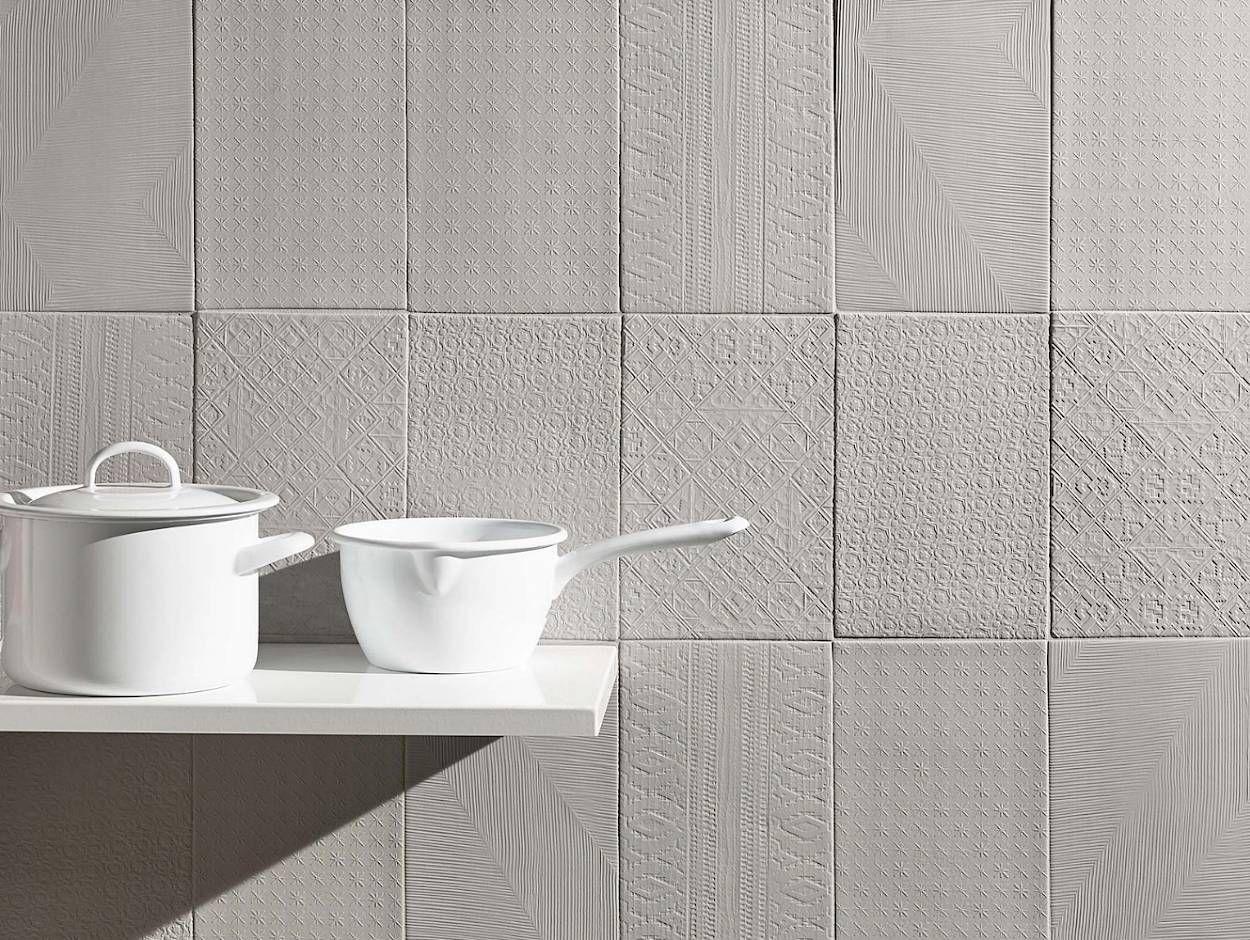Signs Tiles Ceramic And Porcelain Tiles Walls Centura Ceramic Materials Porcelain Tile Ceramics