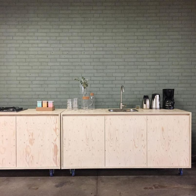 Kitchen Store Design: C-More Concept Store Instagram Update Green Kitchen