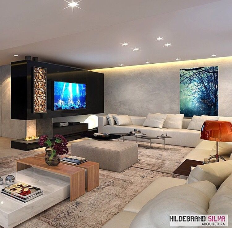 Sala grande com lareira