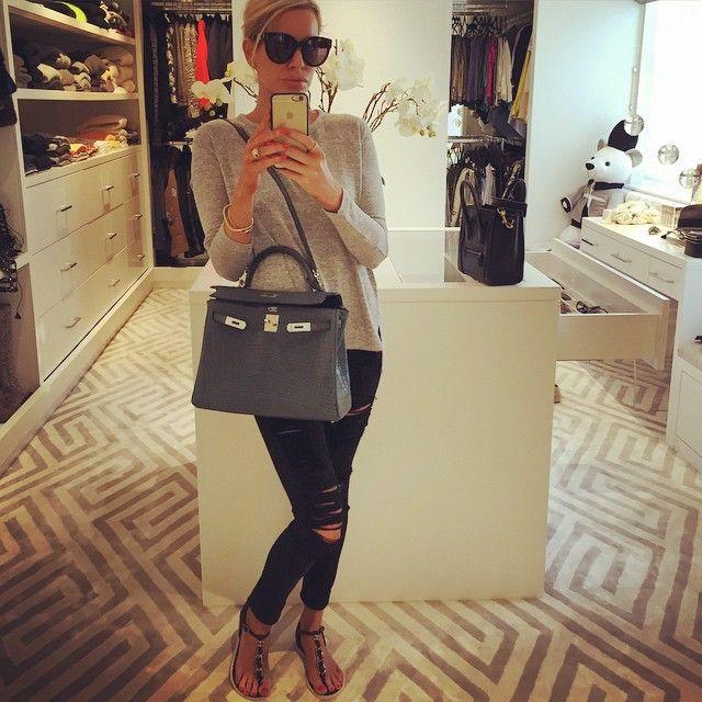 Caroline Stanbury.. #ragandbone top #framedenim jeans #chanelsandals…