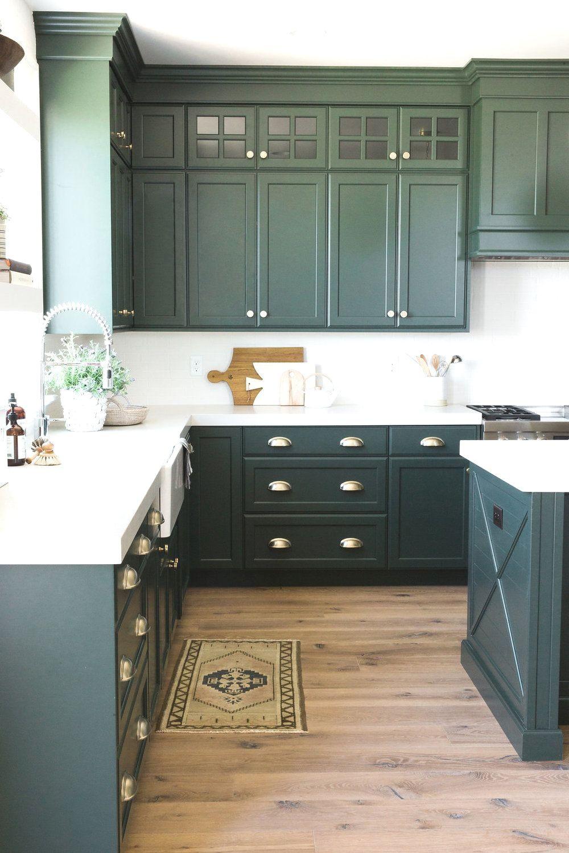 27 Adorable Kitchen Design Ideas In 2020 Beautiful Kitchen Cabinets Green Kitchen Cabinets Dark Green Kitchen