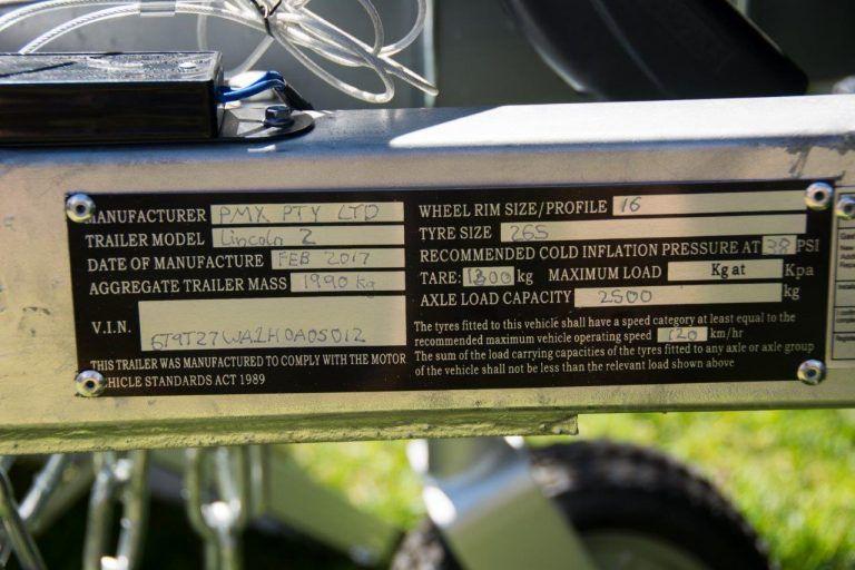 Camper trailer nameplate