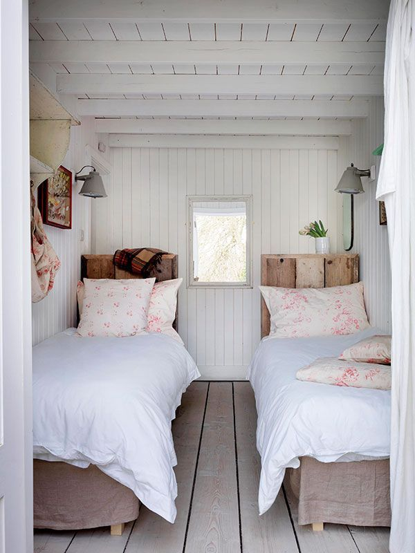Gorgeous White Bedroom In This Country Cottage Bedroom Love The White Painted Hardwood Floors And Wood Paneling Twinb Cottage Bedroom Cottage Interiors Home