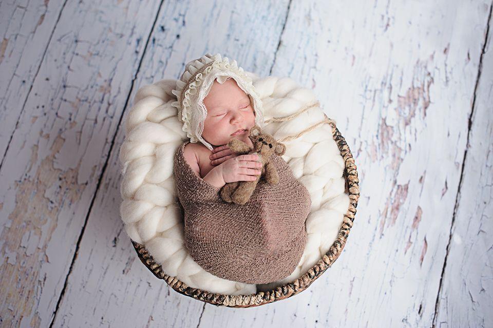 newborn, baby, girl, white, bear, newbornphotography