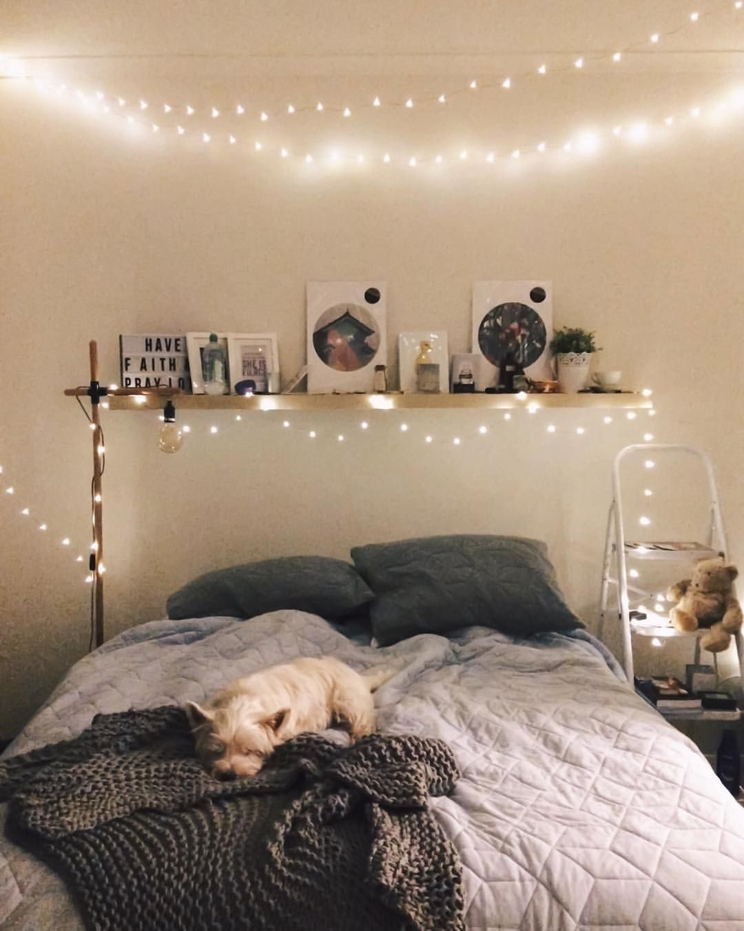 Pin By Tayah On Home Comfortable Bedroom Bedroom Interior Small Room Bedroom