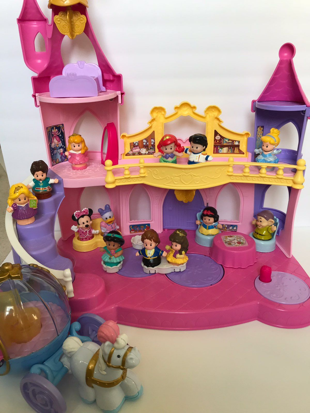 little people princess castle - 736×981