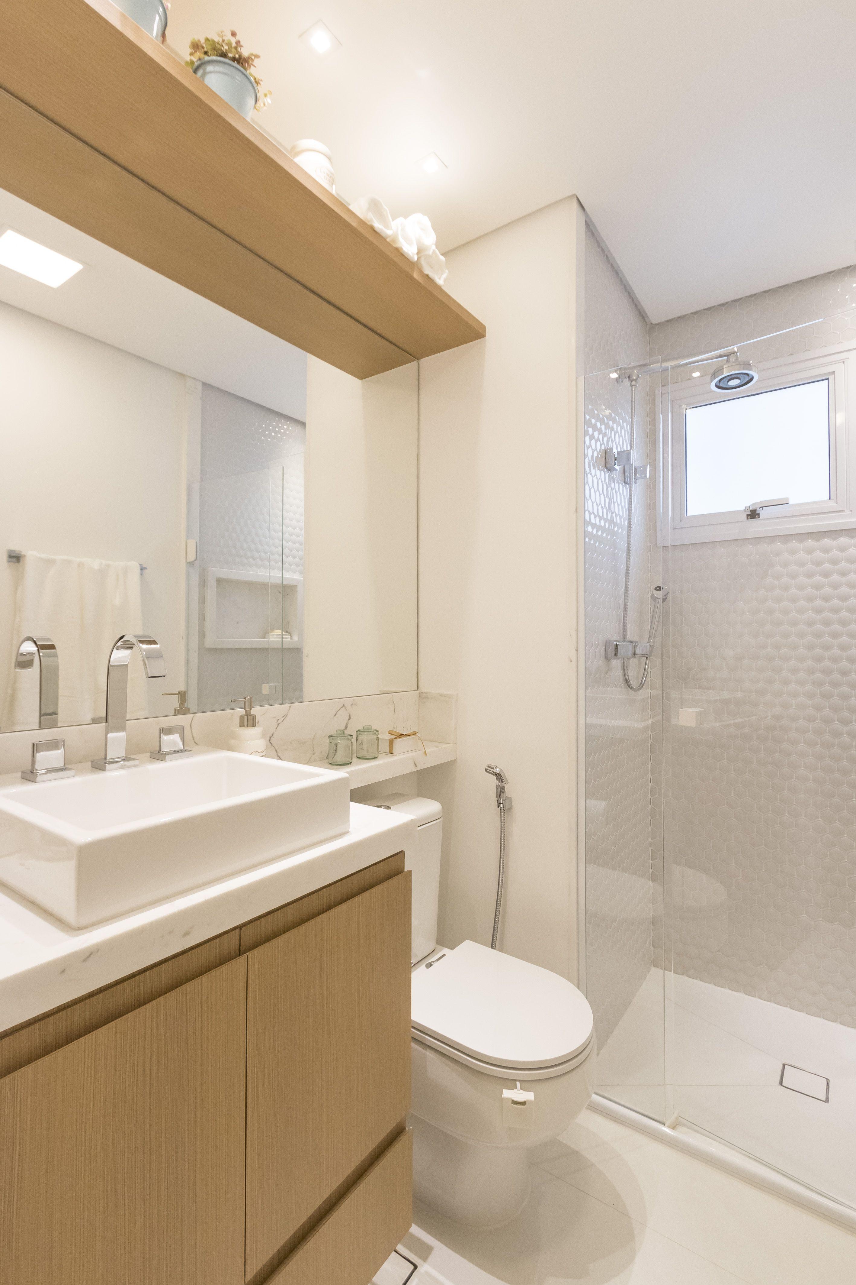 Banheiro claro produto cer mica portinari cole o form for Ceramica para bano pequeno