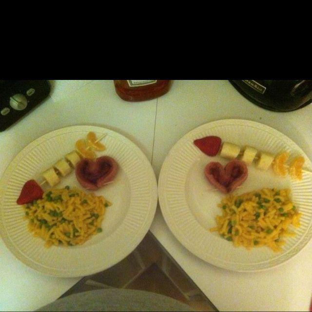 Kid valentine dinner...heart dogs and Cupid's arrow fruit kebabs