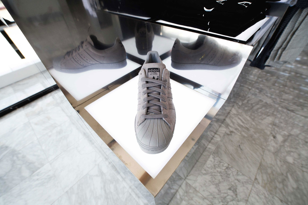 Shoe Palace, Flagship Store, Los Angeles Double Retail