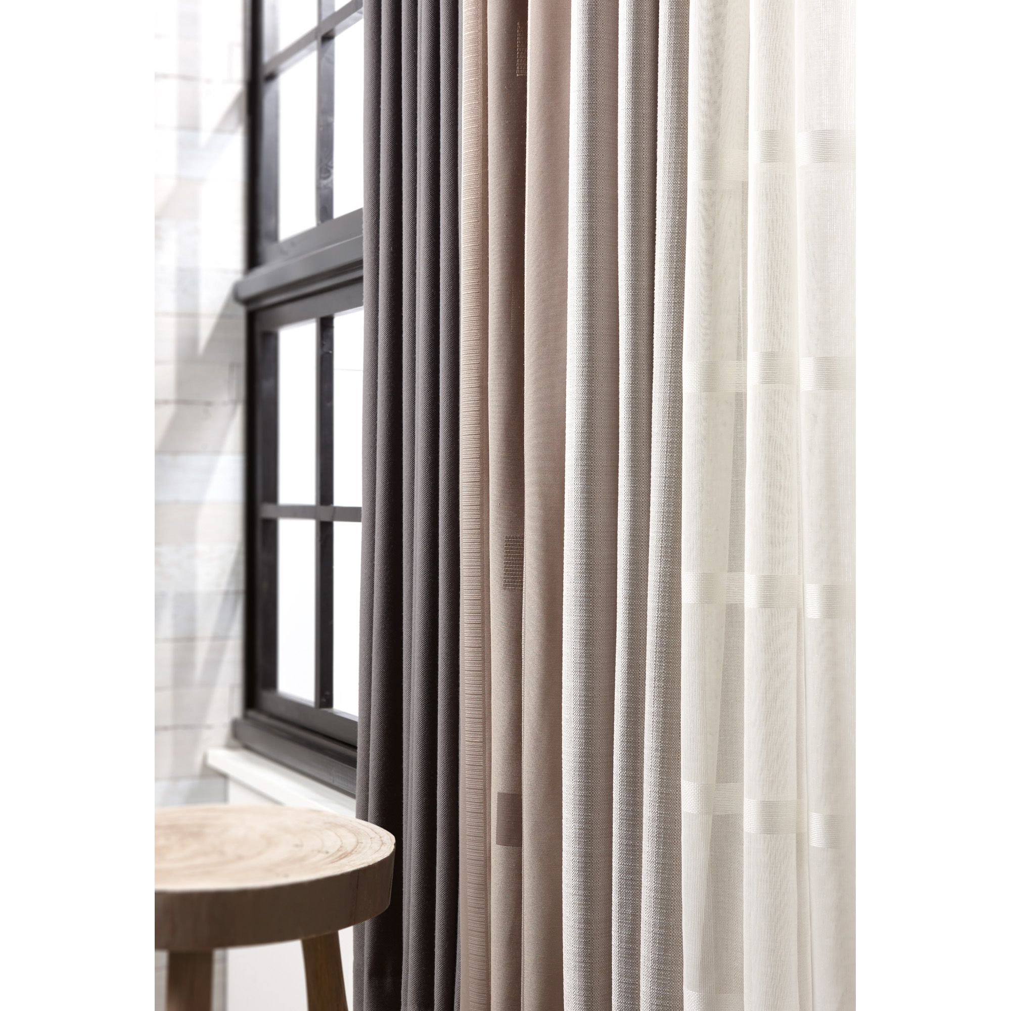 Goedkope Gordijnen Voor Rails Pin By Kwantum On Raambekleding Home Decor Home Curtains