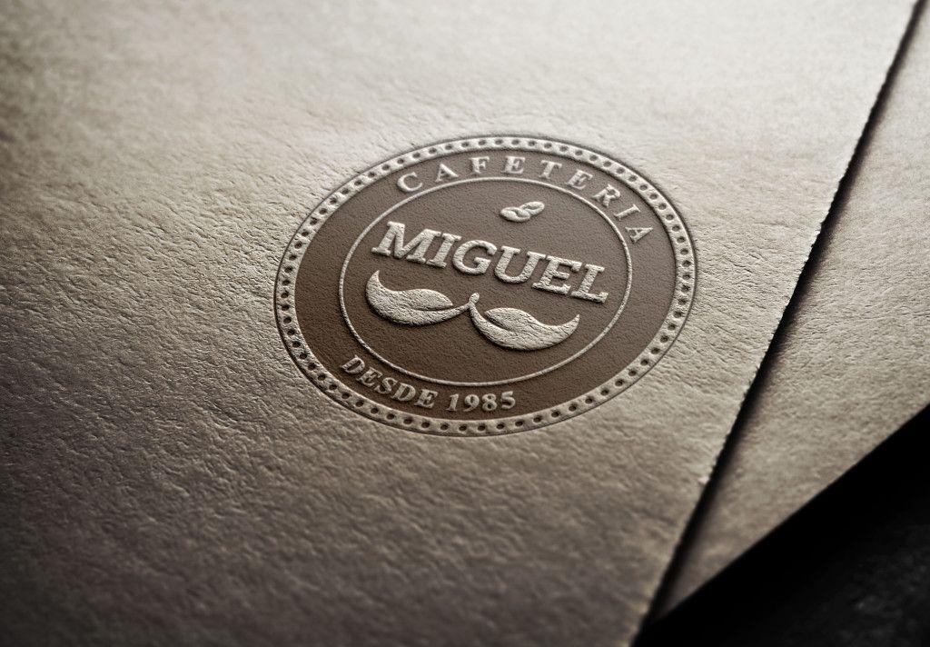 Logotipo, Papelaria Completa, Cardápio, Uniforme e Site, criados para o Miguel Café Bar. Pode ser visto em www.eduardobibiano.com.br.