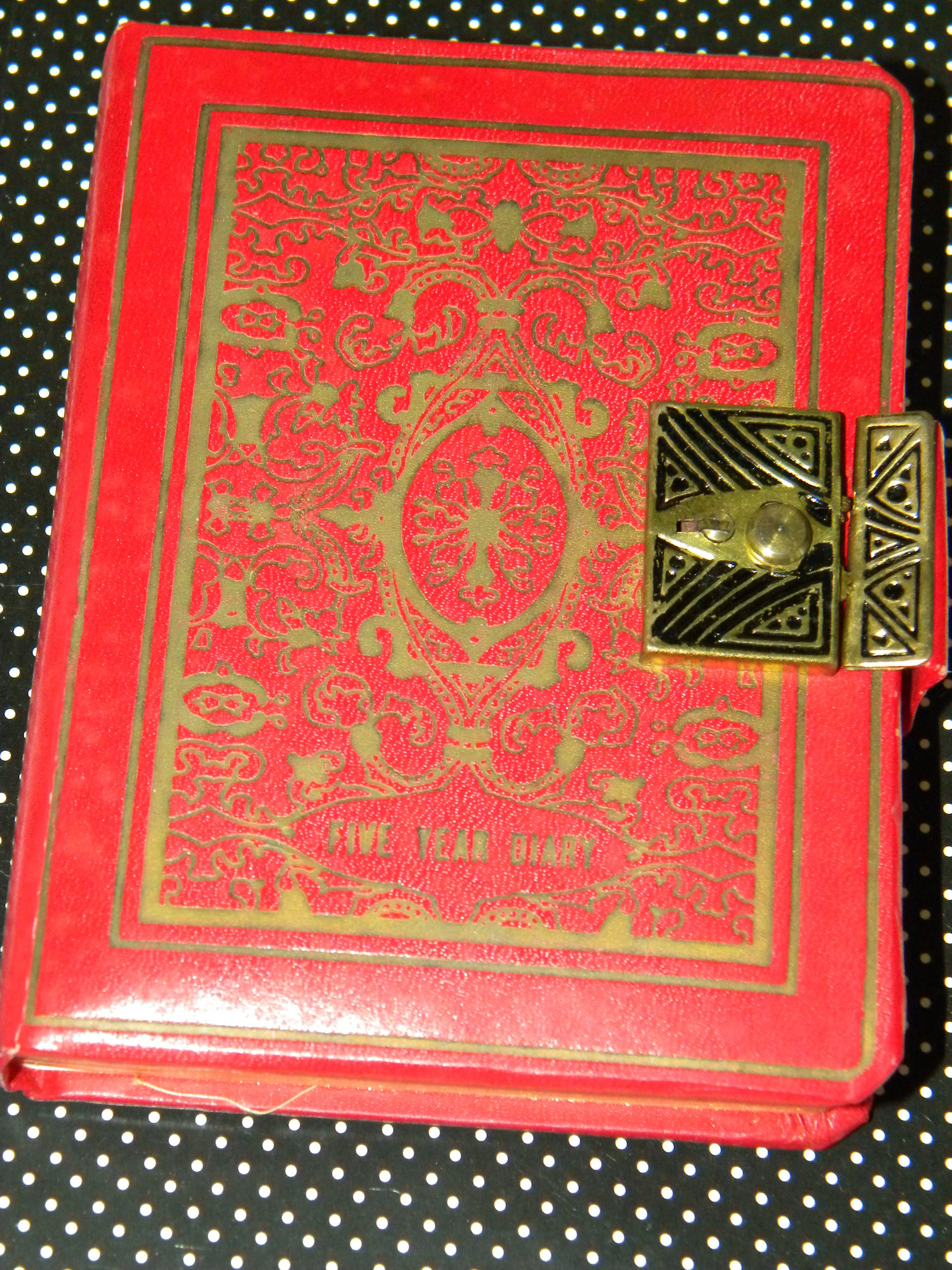 vintage year diary nostalgia s and s  vintage 5 year diary i had one like this that was cream colored leather it didn t take five years to decide that the lock was worthless and not to put