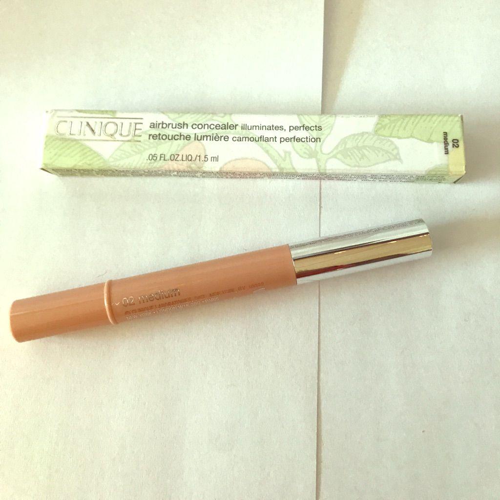Clinique - Airbrush Concealer - 02 Medium