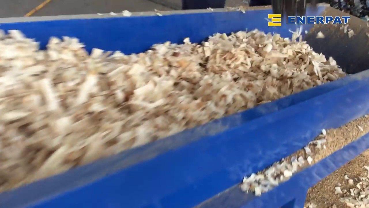 Enerpat Bagging Machine For Wood Shavings Rice Husk Sawdust With Images Shaving Machine Sawdust Shaving