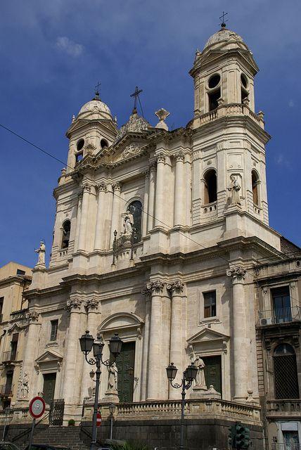 Catania piazza san francesco d 39 assisi chiesa di san for Piazza san francesco prato