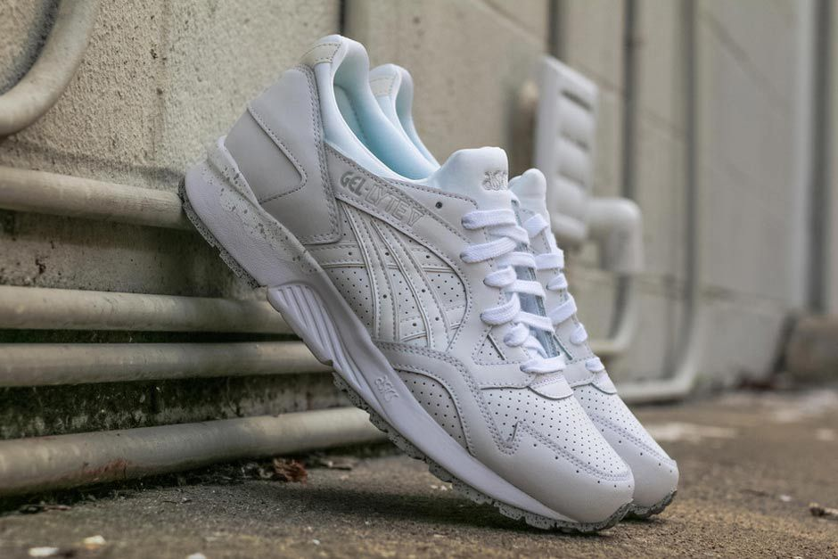 ASICS GEL-Lyte V White/Cement